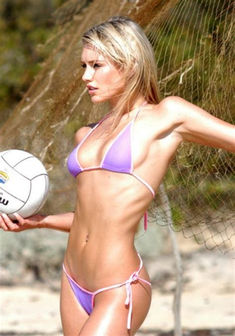 nicky whelan find