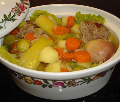 chou cuisine recette potee de choux vert 28 images pot 233 e choux