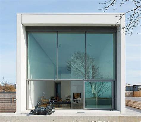 casa de hormigon una casa prefabricada de hormig 243 n y cristal