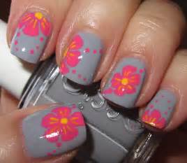 Marias nail art and polish tropical pink flowers on grey