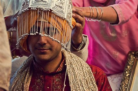 Wedding Accessories For Indian Groom :  Traditional Headdress For Indian Groom