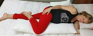 best way to sleep for lower back pain sufferers With best way to lay down with lower back pain