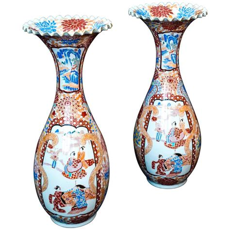 Large Vases For Sale by 19th Century Japanese Meiji Period Pair Of Large 24 Inch