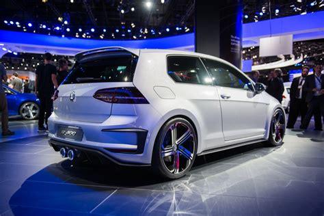 Volkswagen Golf R 400 Concept Motrolix