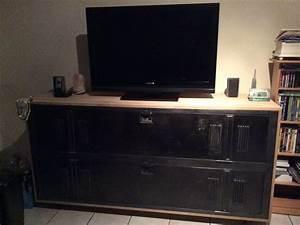 Meuble Industriel Ikea : diy meuble tv fait avec un casier industriel madmoizelle laeti diy ~ Teatrodelosmanantiales.com Idées de Décoration