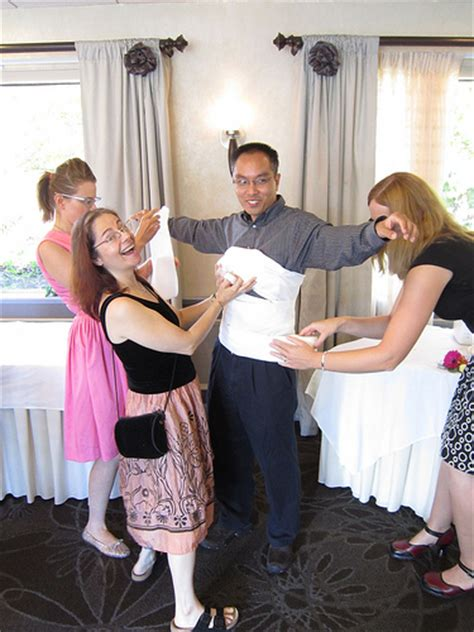 couples wedding showers cute ideas   ed games