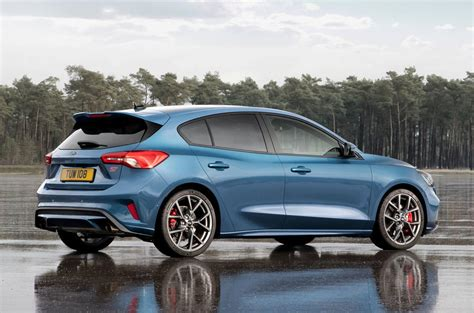 Neuer Ford Focus St by New Ford Focus St Packs 276bhp For 2019 Autocar