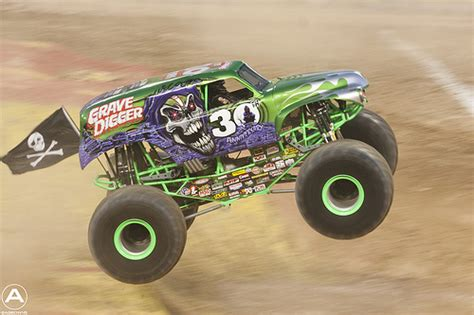 grave digger monster truck 30th anniversary 30th anniversary grave digger flickr photo sharing