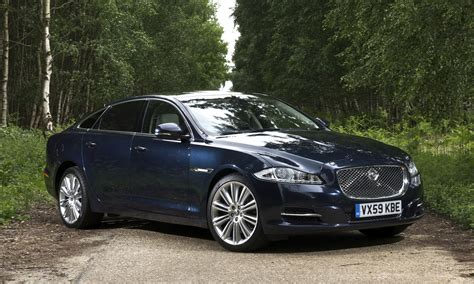 Jaguar Xj Photo 2013 jaguar xj review photos caradvice