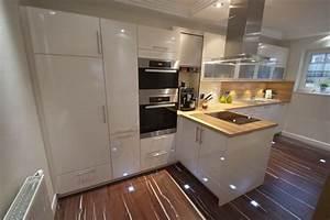 Nischenverkleidung kuche for Nischenverkleidung küche