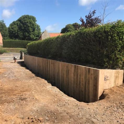 r 233 alisation d un mur de sout 232 nement en bois massif