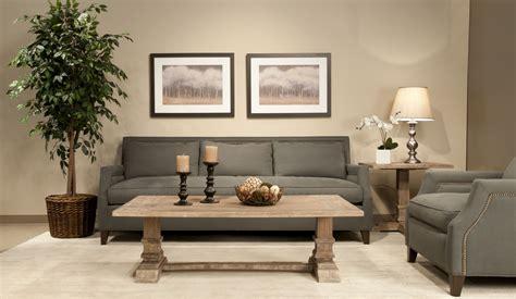 Living Room With Coffee Table [peenmediacom]