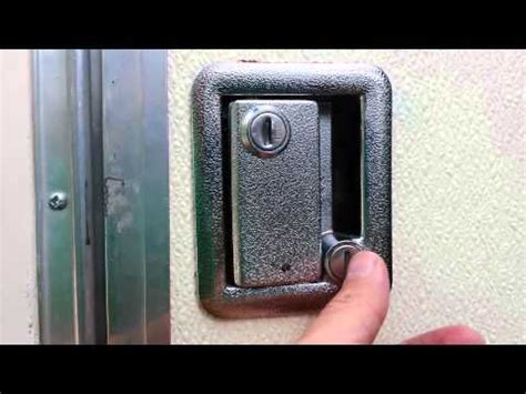 trailer rv door handle locksets  major security flaw   rig