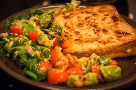 cuisine pour debutant croque monsieur végane et salade composée cuisine végane