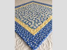 Daisy Table Topper Quilt, Daisies Quilt, Blue, Yellow