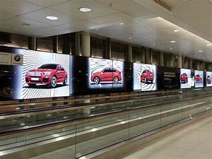 Moiré Effekt : airportwerbung rasterfa h ri der saison kampagne f r den bmw x4 invidis ~ Yasmunasinghe.com Haus und Dekorationen