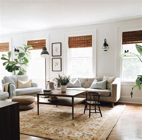 creating  minimalist living room  essenziale