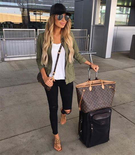 Best 25+ Traveling outfits ideas on Pinterest | Travel outfits Travel fashion and Europe travel ...