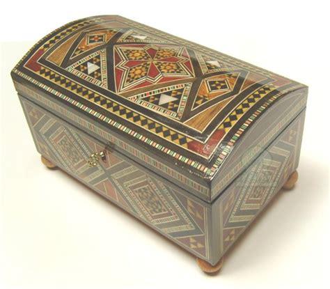 coffre 224 bijoux syrien en bois marquette objet de d 233 coration ou oeuvre artisanale sur al