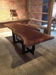 Table En Noyer : fabriquant meuble noyer noir massif quebec table de lit ~ Teatrodelosmanantiales.com Idées de Décoration