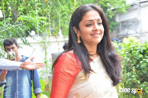 actress jyothika latest photos jyothika latest gallery 8