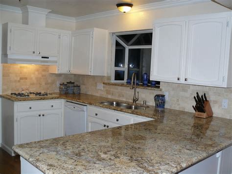 backsplash for black granite countertops beige mexican tumbled travertine backsplash tile