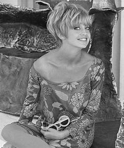 A young Goldie Hawn | Goldie Hawn in pictures | Celebrity ...