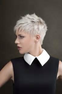 coupe de cheveux femme 50 ans visage rond coiffure ultra courte femme 2016