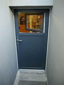 Tür Mit Fenster Zum öffnen : 11 schick und frisch nebeneingangst r mit fenster zum ffnen fenster galerie ~ Frokenaadalensverden.com Haus und Dekorationen