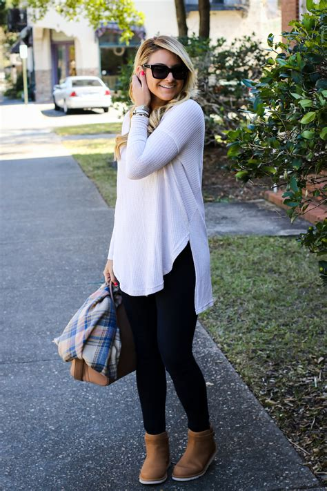 Outfit | UGG Rella Classic Reboot - SHOP DANDY | A florida based style and beauty blog by Danielle