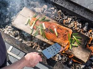 Lachs Vom Grill : lachs vom grill tipps f r besonders viel aroma eat smarter ~ Frokenaadalensverden.com Haus und Dekorationen