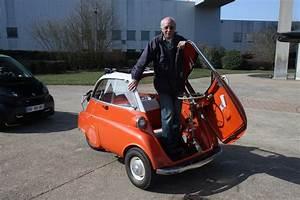Bmw 3 Roues : vid o bmw isetta 300 1958 vs smart fortwo brabus cabrio 2011 duel de poids plume ~ Melissatoandfro.com Idées de Décoration