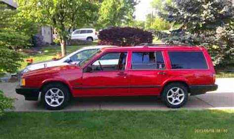1994 Volvo 940 Wagon by Find Used 1994 Volvo 940 Base Wagon 4 Door 2 3l In