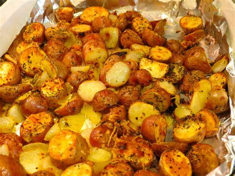 cooking potatoes dutch oven baked potatoes