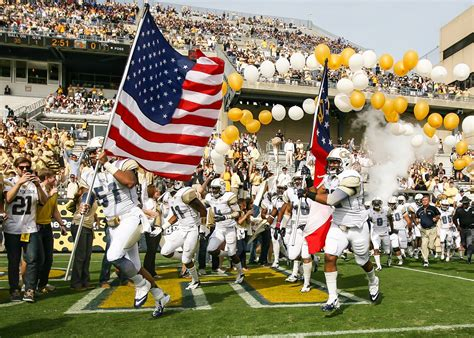 American Flag Hd Images Celebrate 100 Years With Georgia Tech 39 S Yellow Jackets News Center Midtown Atlanta