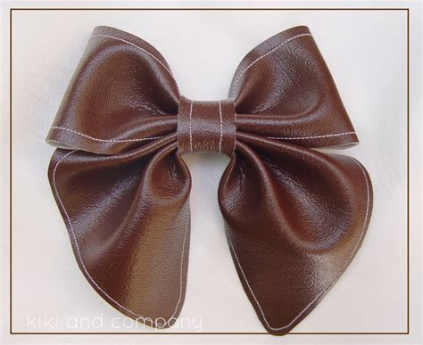 leather bow project run and play winner s tutorial leather bows with