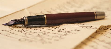 Dear Reader  How To Help A Writer Karneloth