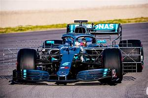 Mercedes La Teste : f1 mercedes teste un nouveau package a ro barcelone ~ Maxctalentgroup.com Avis de Voitures