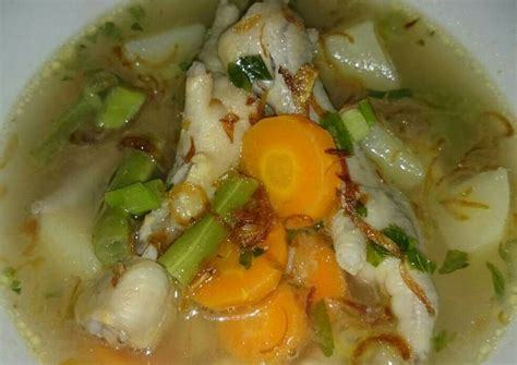Apalagi jika di dalam sayur sop tersebut ditambahkan juga irisan. Resep Sayur sop ceker Dari Ika Wulandari - Kumpulan Resep Masakan Maknyuuss!!