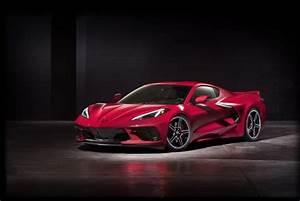 2020 C8 Corvette Stingray Revealed with 495 Horsepower