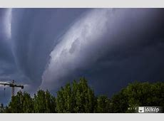 Shelf clouds and storm structure Hungary, April 19 – best