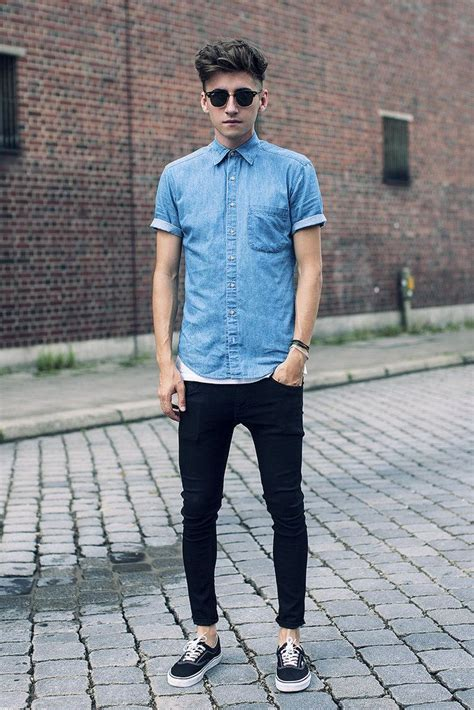Button Up Shirt Style Inspirations to Make the Ladies Swoon - Outfit Ideas HQ