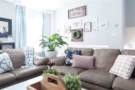 Pink, Navy Blue, And Jade Family Room Decor Reveal