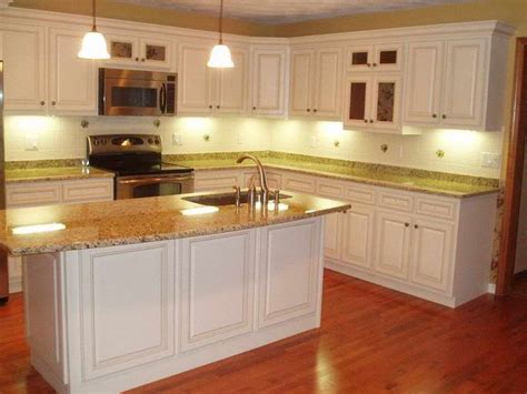Cabinet Cheap by Best 25 Cheap Kitchen Cabinets Ideas On