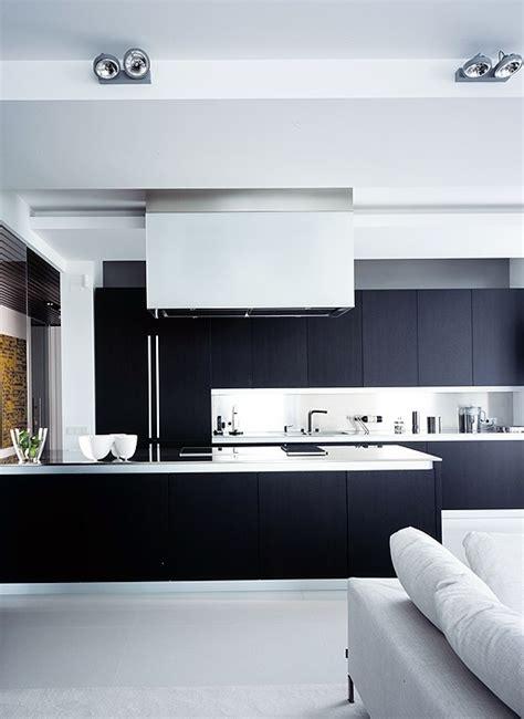 37 Functional Minimalist Kitchen Design Ideas - DigsDigs