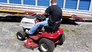 White Riding Mower Hydrostatic 42 U0026quot  Cut