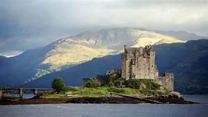 Beautiful Eilean Donan Castle Natural Wallpapers ...