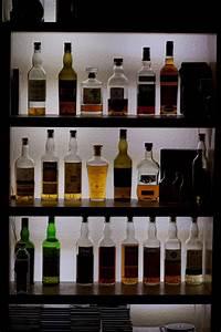 Whisky Bar Für Zuhause : whisky schrank bauen zuhause image idee ~ Bigdaddyawards.com Haus und Dekorationen
