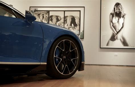 According to the telltale signs, the photo was occasionally shot on 51st street when the fastest. Bugatti Unveils Chic New 260-Mph-Plus 'Chiron' At Christie's New York   Bugatti, New york, Car