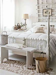 Charming and rustic bedroom d?cor for stylized living
